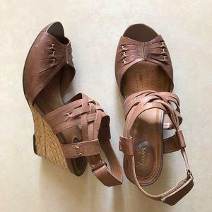 Clark's Artisan Kyna Smart Wedge Sandals